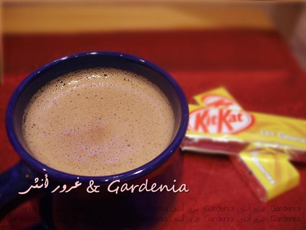 قهوة التويكس وهوت شوكليت بالكت