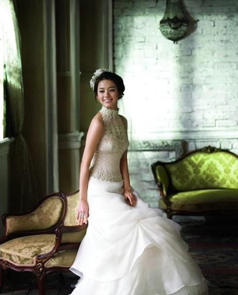 فساتين زفاف 2012 فساتين عرائس